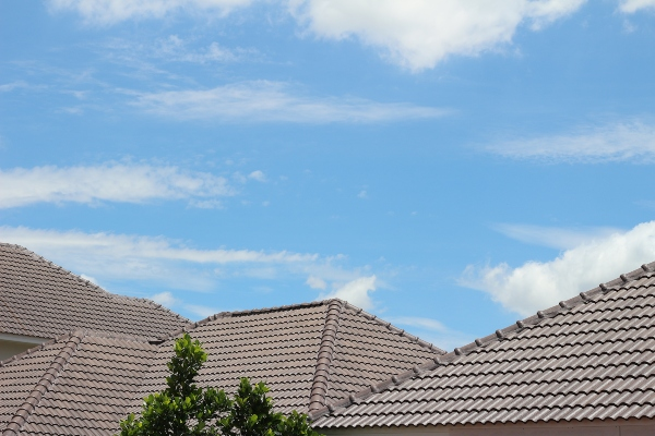 Should I Repair My Roof? 10 Factors to Consider